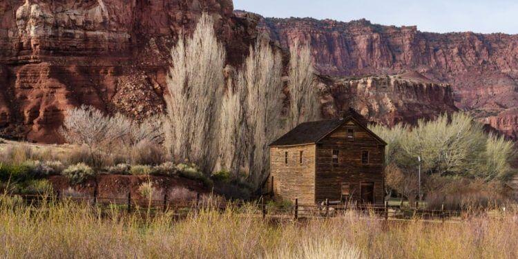 Capital-Reef-Resort-Hotel-In-Torrey-Utah5-1024x615